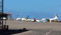 حكومة طرابلس تتهم طيرانا إماراتيا مسيرا بقصف مطار مصراتة