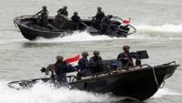 خفر السواحل تضبط زورقا على متنه مواد متفجرة كانت في طريقها للحوثيين