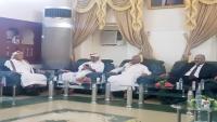 طائرة سعودية تقل وفداً حضرميا لحضور توقيع اتفاق الرياض