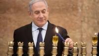 كاتب إسرائيلي يتساءل: متى سنشعل شموع الحانوكا في أبو ظبي؟
