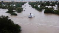 محافظ حضرموت يدعو منظمات الإغاثة إلى إنجاد مديريتي حجر وبروم من أضرار السيول