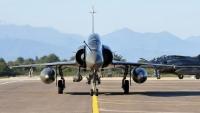 سلاح الجو الليبي يستهدف آليات مسلحة لمليشيا حفتر بسرت