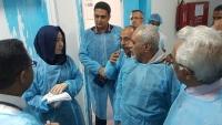 متأثرا بإصابته بكورونا.. وفاة خبير منظمة الصحة العالمية في اليمن