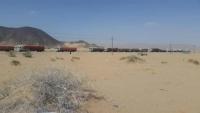 قبائل تقطع طريق مأرب - حضرموت احتجاجاً على احتجاز أحد أفرادها في المهرة