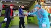 كورونا ينال من عمال المطاعم في اليمن