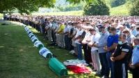 بمناسبة مرور ربع قرن على مجزرة سربرنيتسا.. أردوغان يتعهد بملاحقة مرتكبي جرائم الإبادة في البوسنة