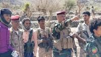تعز.. مسلحون يتبعون المتمرد عادل الحمادي يهاجمون ضابطا بالجيش الوطني