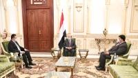 هادي: الإسراع في تنفيذ اتفاق الرياض سيُسهم في توحيد الصف الوطني