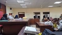 مصادر: المحكمة الجزائية في عدن تعقد جلسة سرية لمحاكمة ضابط وجنود بالقوات الحكومية (صور)