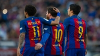 بالفيديو.. رحيل سواريز ينهى مثلث برشلونة الأمهر في تاريخ كرة القدم