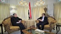 اليمن يبحث مع الصين جهود دعم قطاعه الصحي