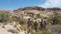 الجيش الوطني يعلن قطع خطوط الإمداد لمواقع حوثية بصعدة