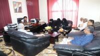 مسؤول حضرمي يشيد بالجهود المجتمعية لدعم التعليم بالمحافظة