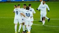 بعد أسبوع أسود.. ريال مدريد يتعافى برباعية في مرمى ألافيس