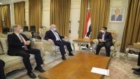 """""""بن مبارك"""" يبحث مع المبعوث الأمريكي تطورات الأزمة اليمنية"""