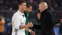 زيدان يرد على شائعات عودة رونالدو إلى ريال مدريد ويزيد الغموض حول مستقبل راموس