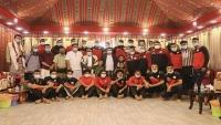 محافظ شبوة يلتقي ببعثة المنتخب الوطني الأول لكرة القدم في عتق مركز المحافظة