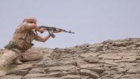 الجيش يعلن تحرير مواقع جديدة ويستعيد آليات عسكرية شرق الحزم بالجوف