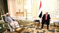 العكيمي يطلع الرئيس هادي على مستجدات المعارك في الجوف