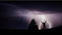 6 حقائق يجب أن تعرفها عن البرق والصواعق