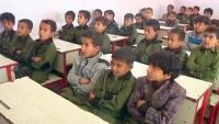 140 ألف طالب يعودون إلى المدارس في مأرب دون الوقاية من كورونا