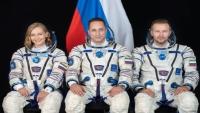 """بعد إعلان توم كروز تصوير أول فيلم في الفضاء.. روسيا تسبقه بإرسال طاقمها لتصوير فيلم """"التحدي"""""""