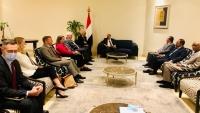المبعوث الأمريكي يشدد على ضرورة وقف الحوثيين تصعيدهم العسكري