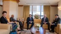 ليندركينغ يؤكد لعمان استمرار الدعم الأمريكي لجهود إنهاء الحرب في اليمن