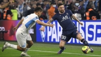 باريس سان جيرمان بعشرة لاعبين يتعادل بدون أهداف مع مرسيليا