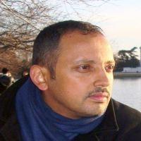 قامة ثقافية أدبية تنويرية: في عالم عبدالعزيز المقالح الشعري-د. همدان دماج