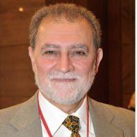محمد مهدي عاكف.. المرشد السابق الصابر الصامد-د. عزام التميمي