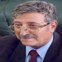 من ليس معي فهو عدوي-د.عبدالعزيز المقالح