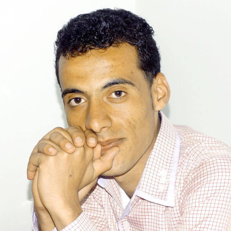 سيادة الرئيس النائم..-يونس عبدالسلام