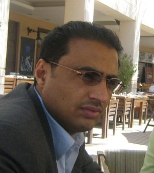 هادي وطفله الكبير-عبدالعزيز المجيدي
